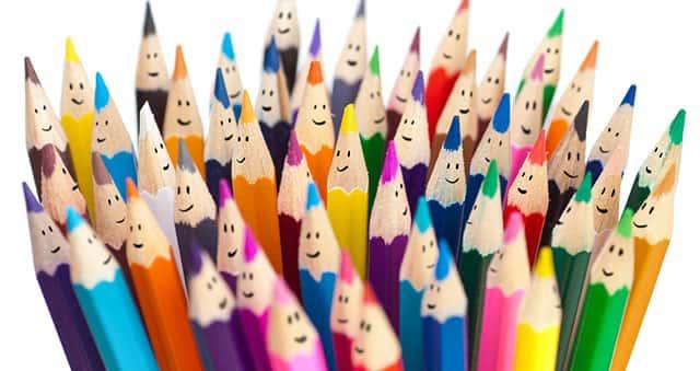 Картинка с подточенными цветными карандашами