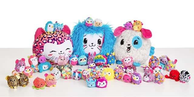 Pikmi Pops – плюшевые персонажи с ассортиментов «сюрпризов», включающие наклейки и другие уникальные прелести, упакованные в леденец.
